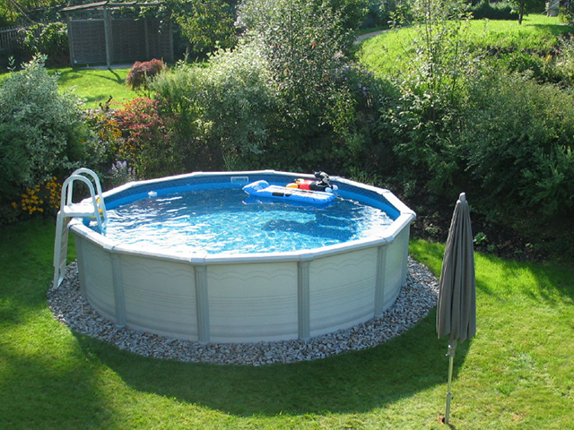 Pool rund stunning rund with pool rund elegant for Folie pool rund